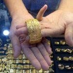5 Cara Terbaik Untuk Mencairkan Emas
